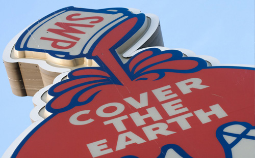 Sherwin Williams paint Covers The Earth advertisement slogan