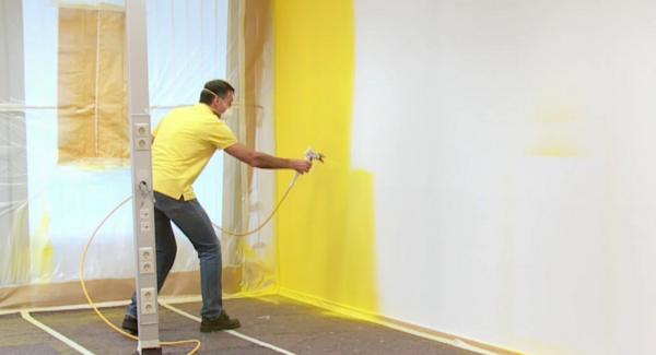 Pintar paredes interiores com equipamento airless